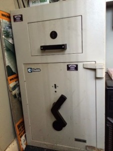 Chubb Senator safe opened by B&D Safe Opening, London.