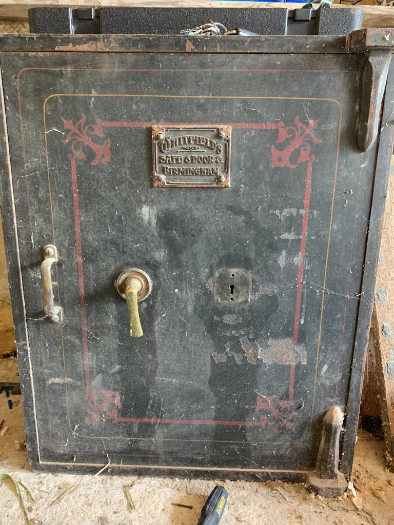 Antique Whitfield safe opened in Brighton, Sussex